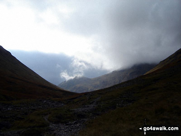 Walk h153 Stob Coire Raineach (Buachaille Etive Beag) and Buachaille Etive Beag (Stob Dubh) from the Pass of Glencoe - Looking South West from the highest point of Lairig Eilde