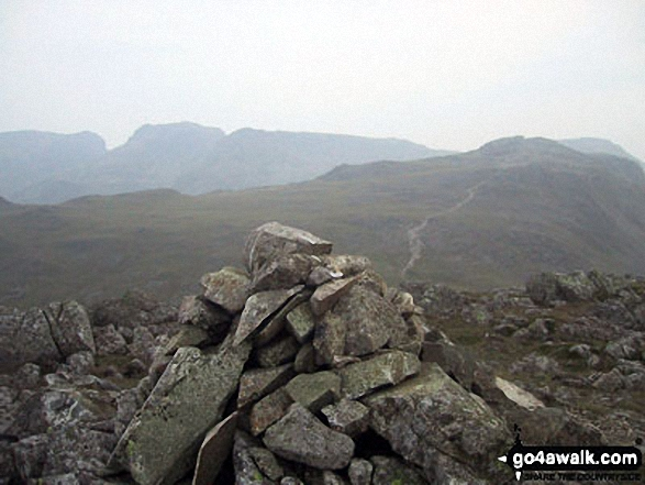 The Scafell Massif - Sca Fell, Symonds Knott, Mickledore, Scafell Pike, Ill Crag & Great End - with Bow Fell (Bowfell) in the right foreground from the summit of Bow Fell (Bowfell) (North Top)