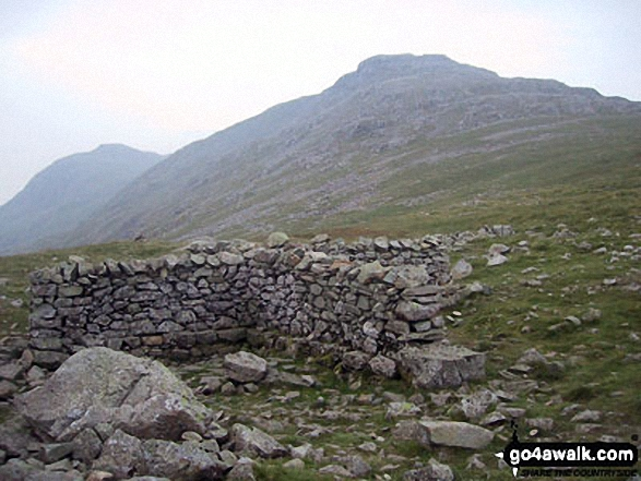 Bow Fell (Bowfell) (North Top) and Esk Pike from the shelter on Esk Hause