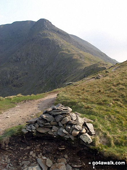 The cairn on Deepdale Hause