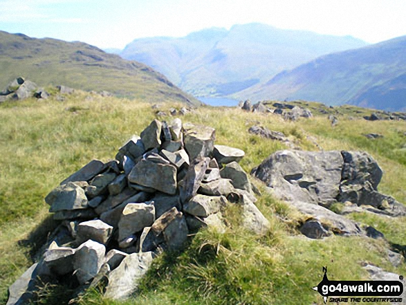 Buckbarrow summit cairn