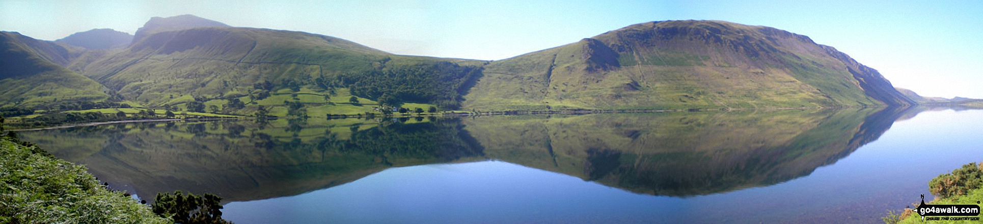 Lingmell (far right), Scafel Pike, Mickledore, Sca Fell and Illgill Head (centre right) from across Overbeck Bridge, Wast Water