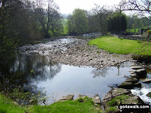 The river eden kirkby stephen in the yorkshire dales for Eden hill walk in