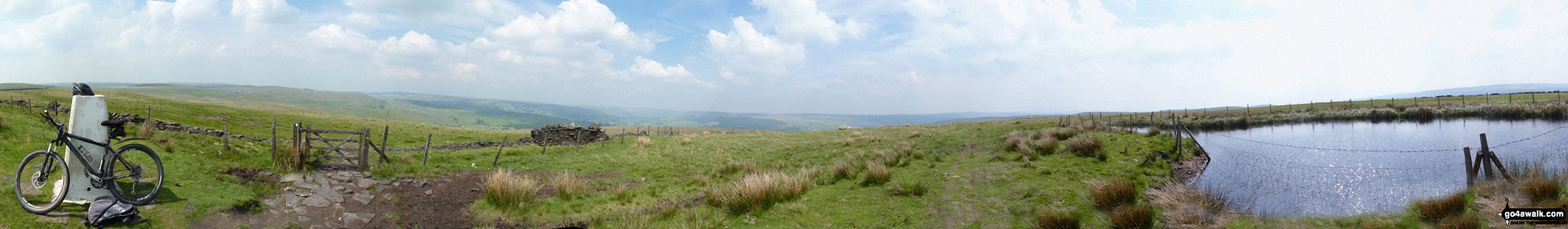 360� panorama taken at the summit of Freeholds Top
