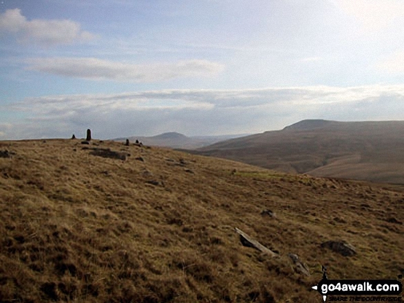 Curricks on Great Knoutberry Hill (Widdale Fell) with Ingleborough (centre) and Whernside (right) beyond