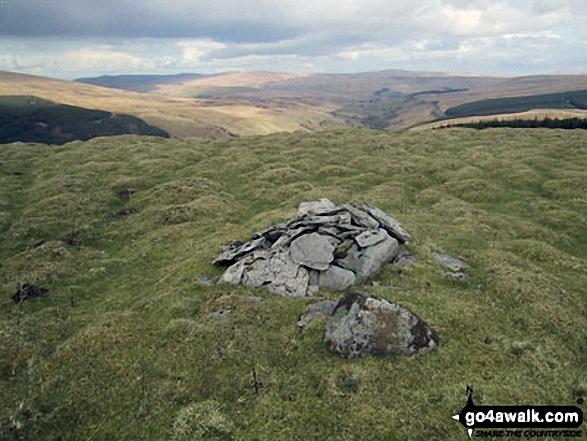 Snaizwold Fell summit cairn
