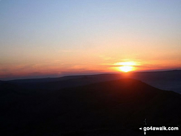 Sunrise from Lord's Seat (Rushup Edge)