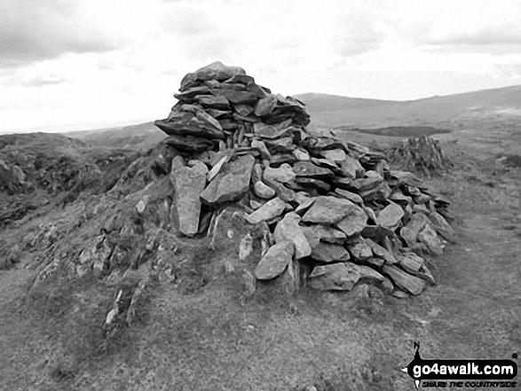 Stickle Pike (Dunnerdale Fells) summit cairn