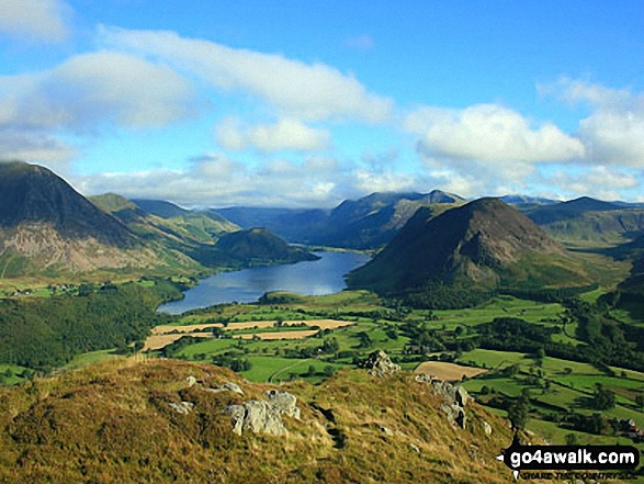 Crummock Water from Low Fell's south top. Walk route map c275 Darling Fell, Low Fell and Fellbarrow from Loweswater photo