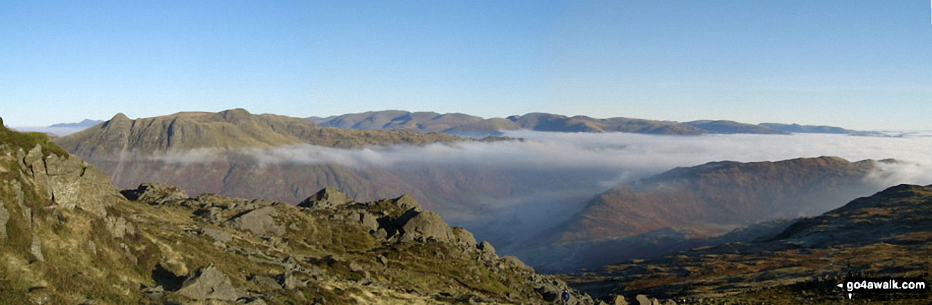 *The Langdale Pikes (left), Great Langdale (centre) and Side Pike and Lingmoor Fell (right) from Pike of Blisco (Pike o' Blisco)