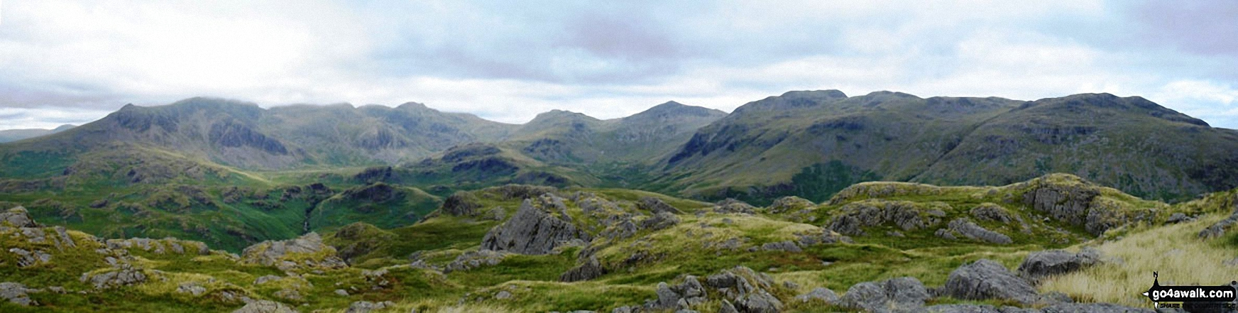 *Northernly Panorama from the summit of Hard Knott featuring Sca Fell, Scafell Pike, Esk Pike, Bow Fell (Bowfell), Gunson Knott, Crinkle Crags (Long Top) and Crinkle Crags (South Top)