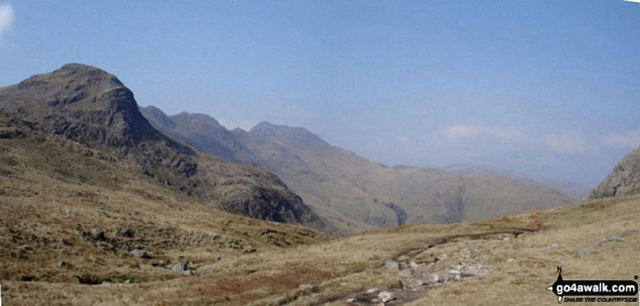 Great Knott, Crinckle Crags and Bow Fell (Bowfell) from the Red Tarn (Langdale)