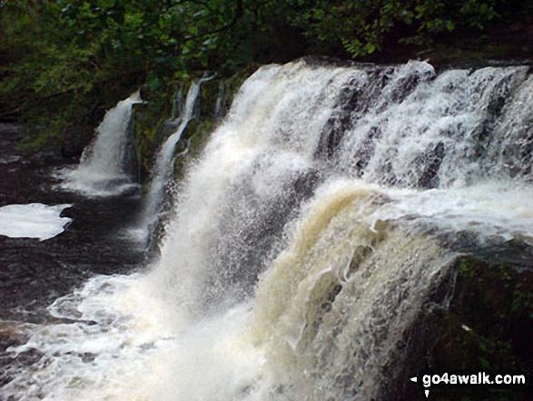 Walk po141 The Waterfalls Walk from Pontneddfechan - Waterfalls along the Afon Mellte