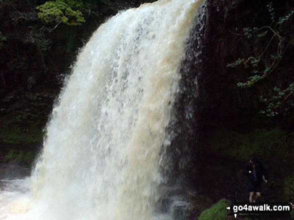 Walk po141 The Waterfalls Walk from Pontneddfechan - Sgwd yr Elra Waterfall, Afon Mellte