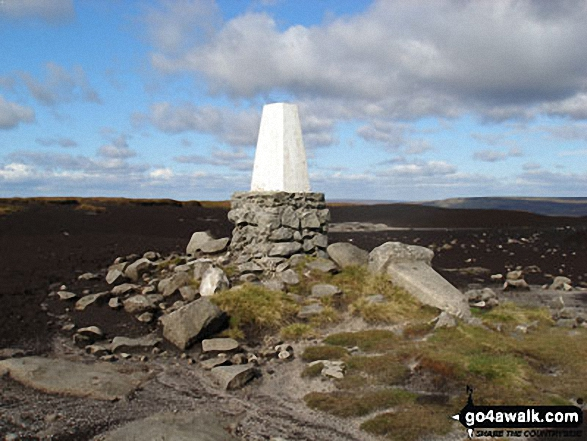 The Edge (Kinder Scout) summit trig point. Walk route map d186 Kinder Scout and Kinder Downfall from Bowden Bridge, Hayfield photo