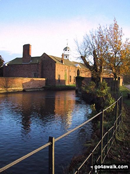 Walk ch102 Dunham Massey and The Bridgewater Canal from Lymm - Dunham Massey Park