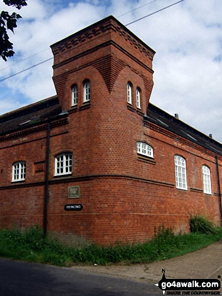 Walk su125 South Nutfield from Bletchingley - Henhaw Farm, South Nutfield
