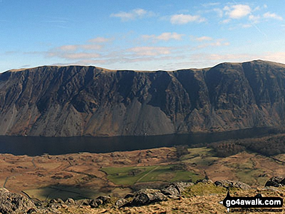 Illgill Head (left) and Whin Rigg (right) above the Wast Water screes from Buckbarrow