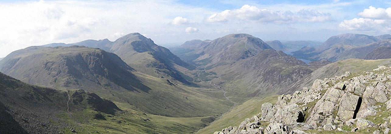 Kirk Fell, Looking Stead & Pillar, Ennerdale, High Stile, High Crag & Hay Stacks, Crummock Water & Buttermere and Grasmoor from Green Gable