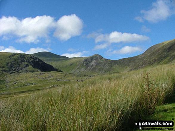 Descending Carnedd Llewelyn via the Bwlch Eryl Farchog ridge