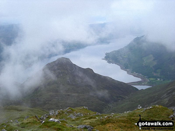 Sgurr an t-Searraich with Loch Duich beyond from Sgurr na Moraich