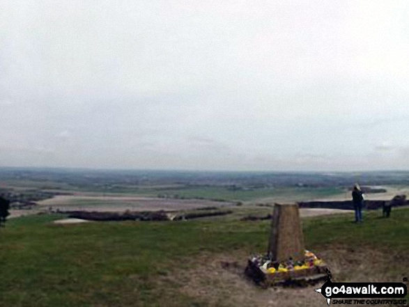 Ivinghoe Beacon summit trig point
