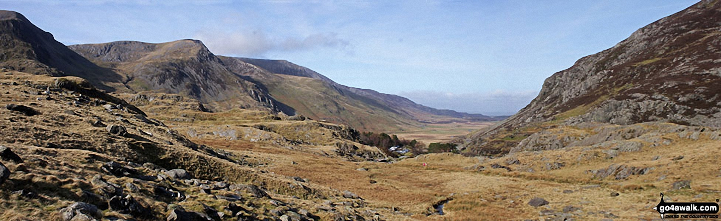 Y Garn (Glyders) (far left), Foel-goch (Glyders), Carnedd y Filliast, Ogwen Cottage, Nant Ffrancon and the shoulder of Pen yr Ole Wen (right) from Llyn Idwal