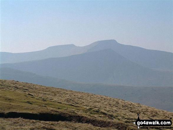 Pen y Fan from Gwaun Cerrig Llwydion (Bwlch y Ddwyallt). Walk route map po131 Bwlch y Ddwyallt and Fan y Big from Blaen y Glyn photo