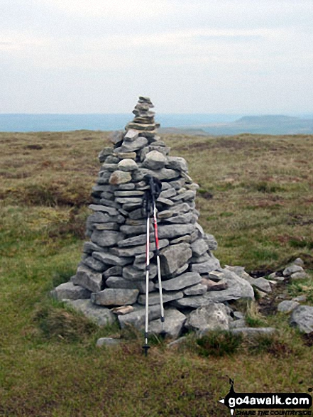 Drumaldrace (Wether Fell)  summit cairn