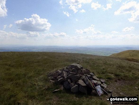 Fell Head (Howgills) summit cairn