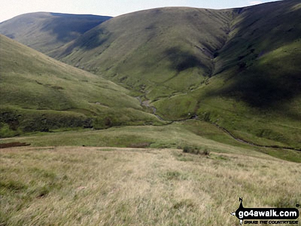 Descending towards Bowderdale Beck from Randygill Top