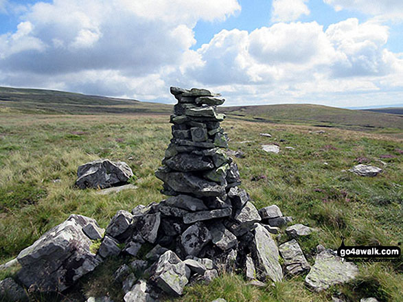 Misleading Trig Point shaped cairn on Little Fell (Burton Fell)