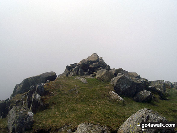 The cairn on the summit of Glaramara