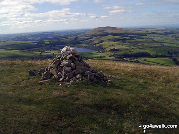 Longlands Fell summit cairn