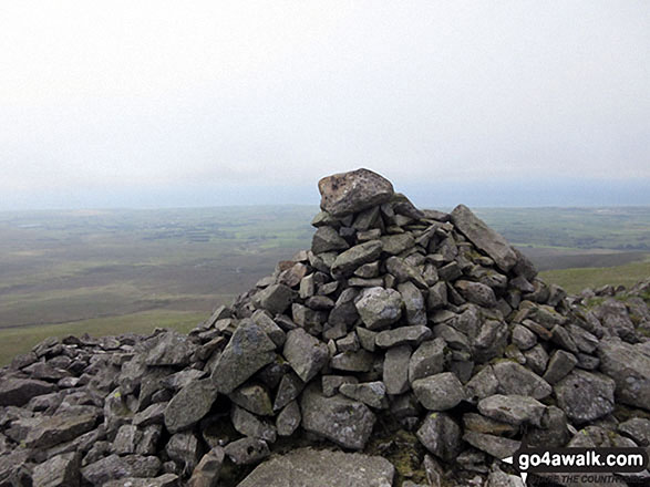 Kinmont Buck Barrow summit cairn