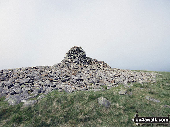 Whitfell (Whit Fell) summit cairn and shelter