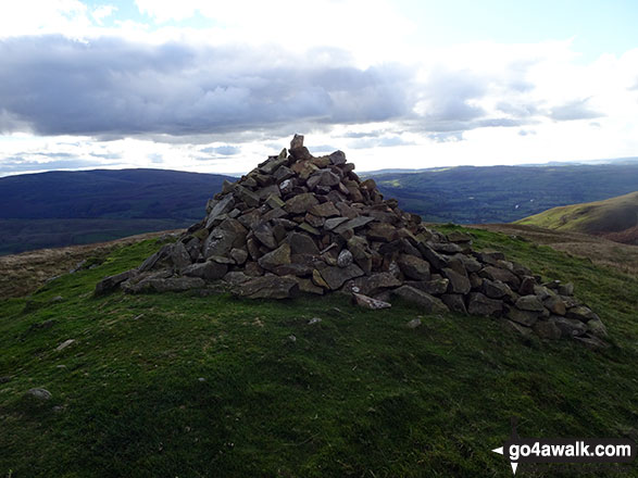 Crook (Howgills) summit cairn