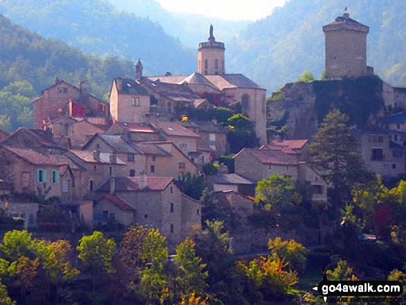 The beautiful village of Peyreleau, at the junction of Gorge du Tarn and Gorge de la Jonte