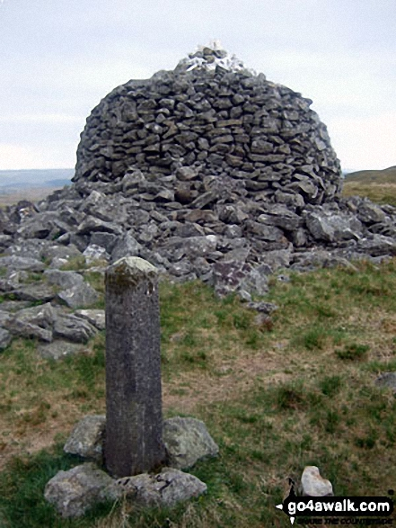 One of the two huge beacons on Drygarn Fawr