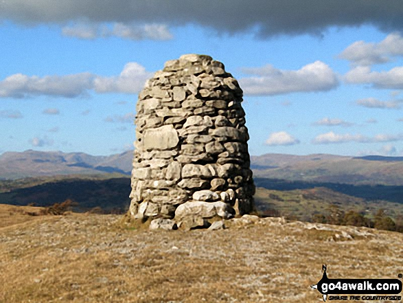 Lord's Seat (Whitbarrow Scar) summit beacon