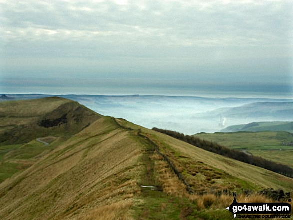 The Great Ridge - Rushup Edge, Mam Tor, Hollins Cross, Back Tor (Hollins Cross) and Lose Hill (Ward's Piece) from Lord's Seat (Rushup Edge)