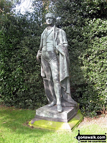 Statue of Robert Peel near the entrance to Gawsworth Old Hall