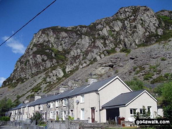 Gerreg Ddu (Trefeini) towering above the houses in Blaenau Ffestiniog
