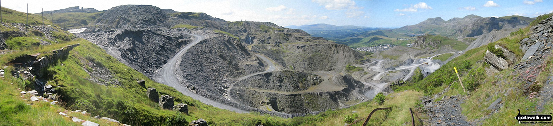 Maen-offeren Quarry from Drum House at the top of a disused incline with Arenig Fawr & Arenig Fach (on the horizon) and Moelwyn Bach, Craigysgafn and Moelwyn Mawr  (mid-distance right)