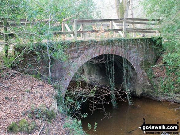 Walk ha109 Lyndhurst Hill and Swan Green from Lyndhurst - Roman Bridge spanning Highland Water