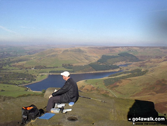 On Stable Stones Brow (Hoarstone Edge) looking over Dovestone Reservoir to Alphin Pike