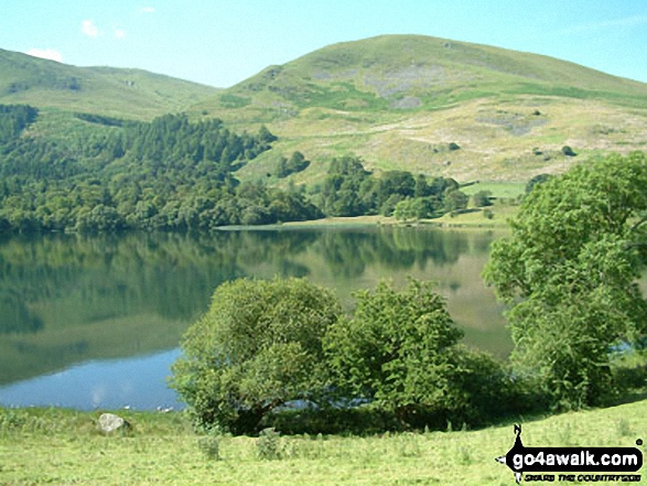 Loweswater and Burnbank Fell. Walk route map c212 Burnbank Fell, Gavel Fell, Hen Comb and Mellbreak from Loweswater photo