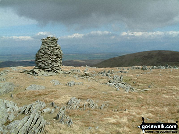 Cairn on Branstree (Artlecrag Pike). Walk route map c251 The Mardale Head Horizon from Mardale Head photo