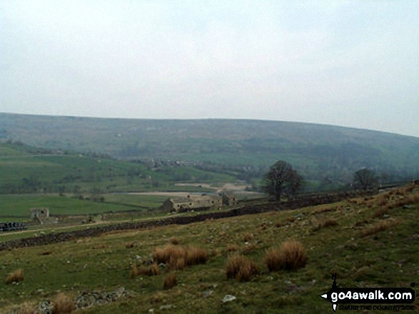 River Swale from Harkerside Place, Fremington. Walk route map ny157 High Harker Hill and Greets Hill from Reeth photo