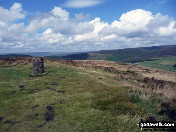 Lantern Pike Summit. Walk route map d171 Lantern Pike and Cown Edge Rocks from Hayfield photo